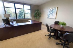 meeting-room-day-office-Chesapeake-Business-Centre